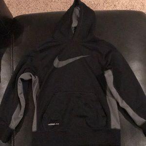 Boys black NIKE Swoosh Sweatshirt hoodie S small
